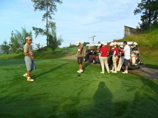 intermediate golf lessons malaysia